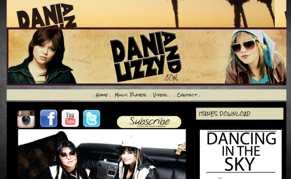 dani and lizzy site